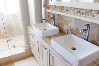 double vanity white sinks